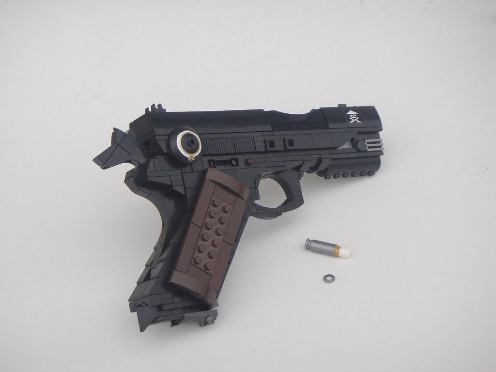 W. Navarre - Hand Gun; H1911