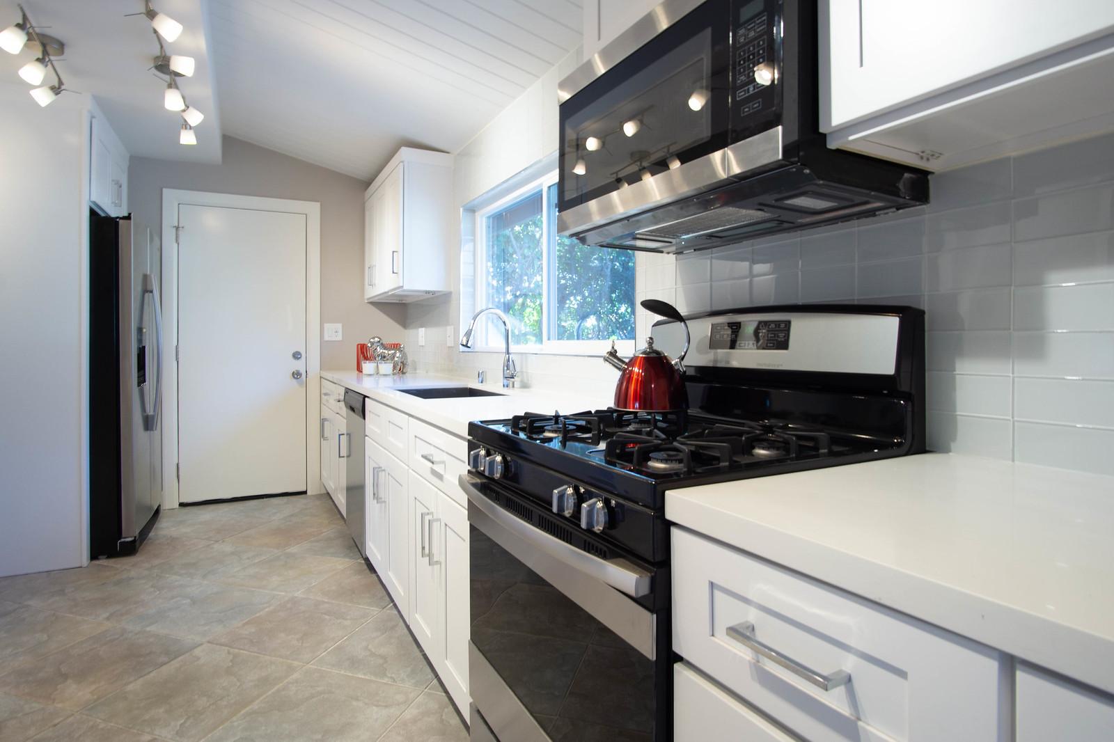 13912 Mansa Dr - Kitchen 4