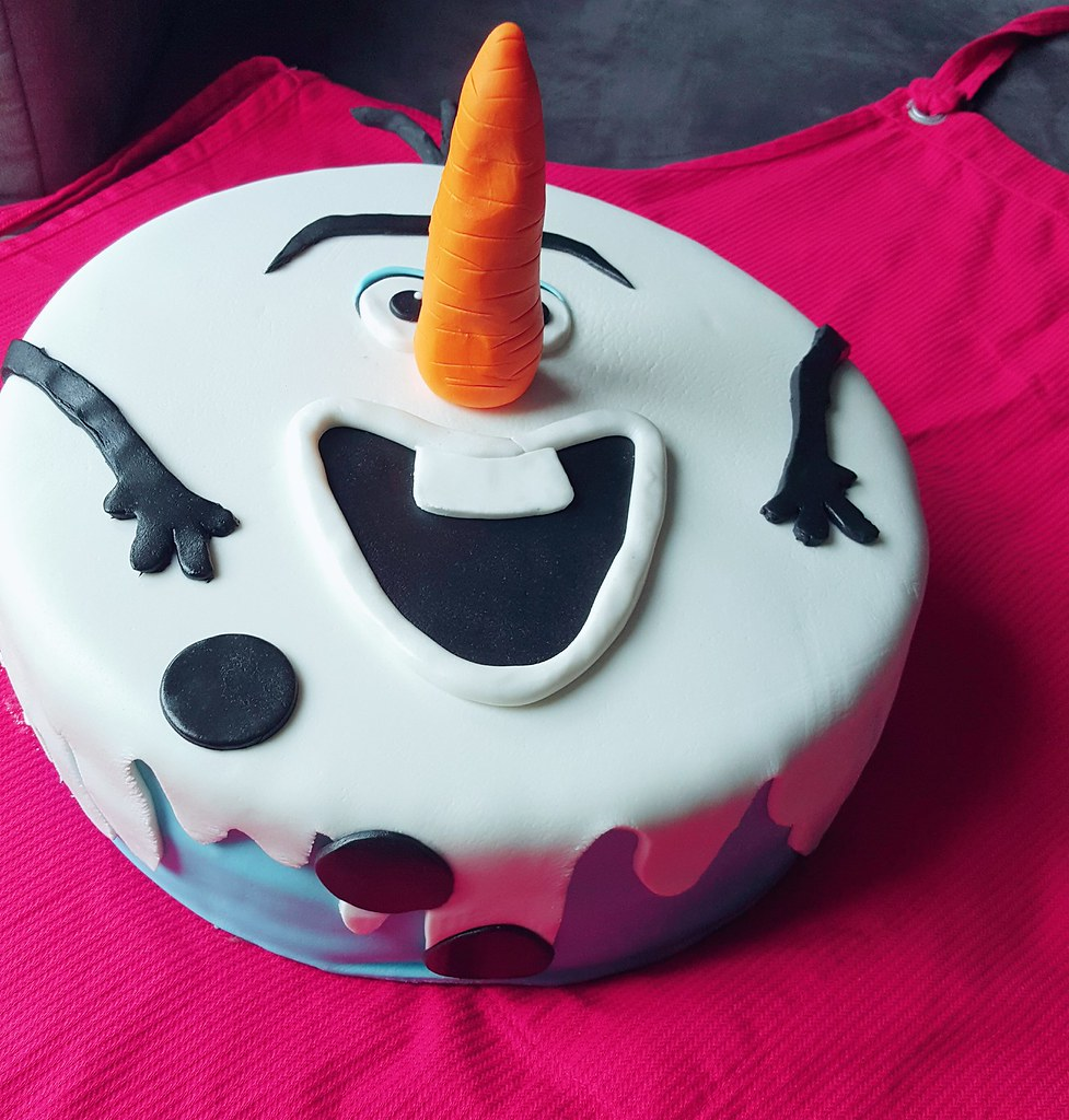 Groovy Fullbloomcakes Hailey Disneys Frozen Olaf Birthday Cake Flickr Funny Birthday Cards Online Alyptdamsfinfo