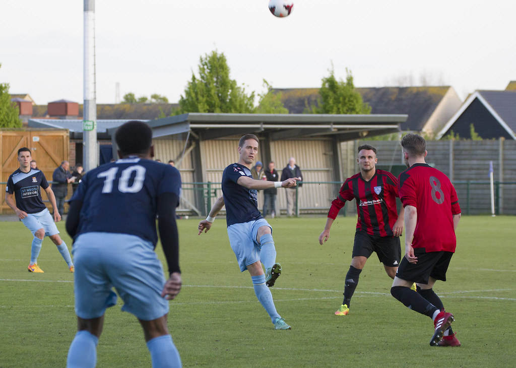 St Neots Town v Eynesbury Rovers