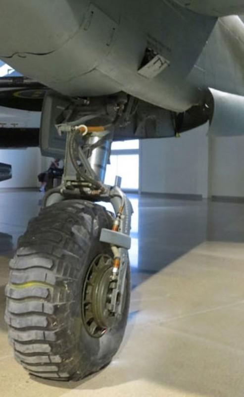 Saab J-21 R 9