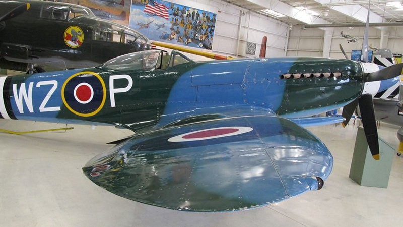 Spitfire MK XIV with Griffon engine 3