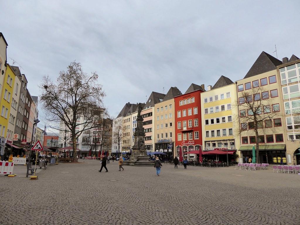 Alter Markt, Köln   The Old Market in Cologne. Like most