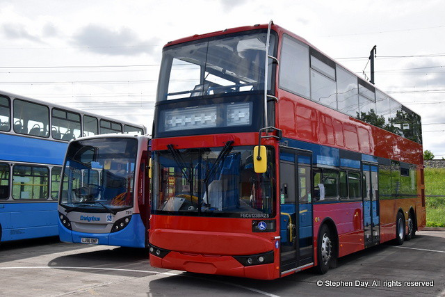 London General LX18DGF BCI Excellence FBC6123BRZ5. Ensign Bus Purfleet 11.5.18