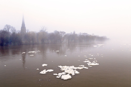 freshet fog river ice glace snow flood steeple trees neige church cathedral skyline waterfront water stjohnriver spring melt fredericton newbrunswick nouveaubrunswick maritimes maritime atlanticcanada canada canon canoneos canon6d