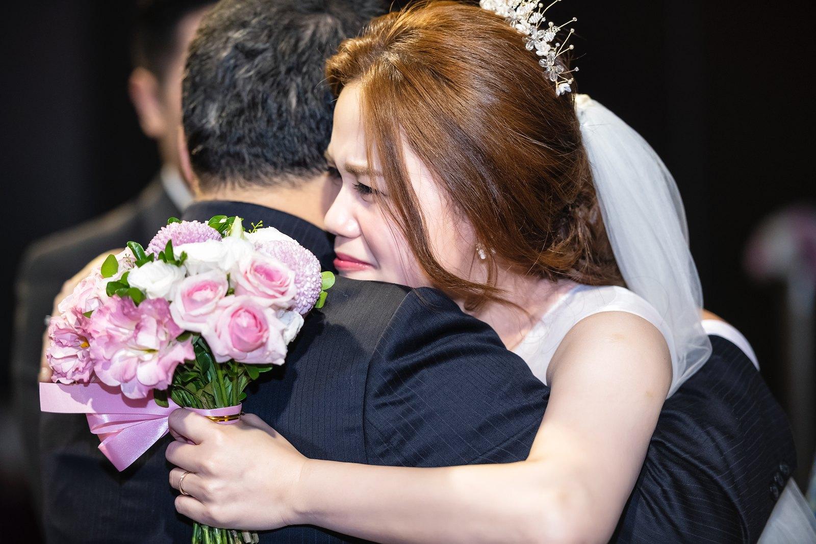 【婚攝】譽中 & 韻潔 / 新北市華漾大飯店