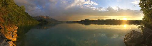 lake lac water waterscape aiguebelette sunset sun dusk savoie eau panorama ciel paysage lacdaiguebelette soleil