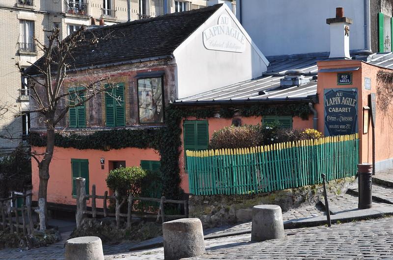 """Le cabaret """"Au Lapin agile"""", rue des Saules, Butte Montmartre, Paris XVIIIe, France."""