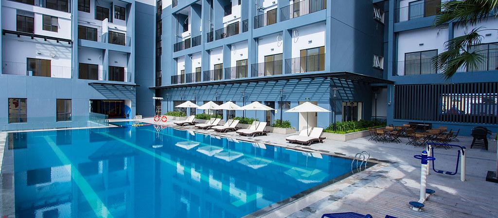 Hồ bơi của chung cư M-One Nam Sài Gòn.