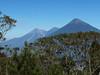 Výstup na Pacayu – výhled na trojici sopek Fuego, Acatenango a Agua, foto: Petr Nejedlý
