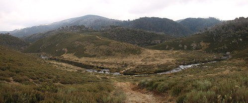 the tooma river below wheelers hut | by Murray Valley Bushwalkers