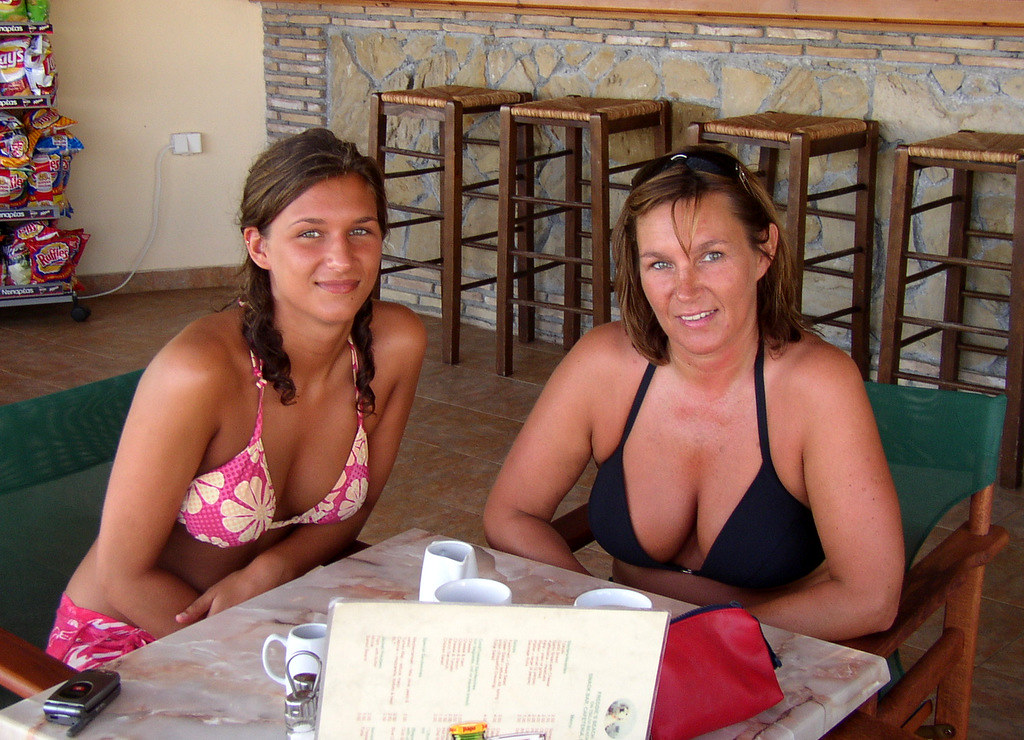 Mom and sexy daughter nude