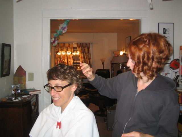 Action shot (note: authentic front towel clip)