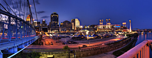 panorama skyline night d50 lights nikon downtown cincinnati hdr cirquedusoleil ohioriver greatamericanballpark autopano 3xp photomatix roeblingsuspensionbridge tophdr foursquare:venue=1446124