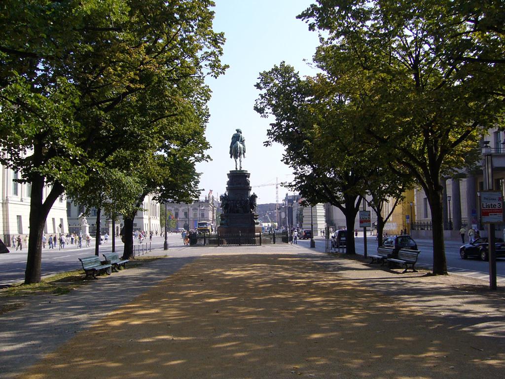 Destination Berlin: Unter den Linden