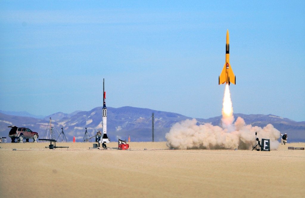 High Power Rocketry Drag Race | Mercury Joe was a little slo