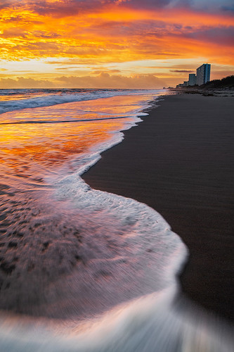 morning landscapephotography beach ocean indianharbourbeach eastcoast floridalandscapephotography coastline coast florida melbournebeach shoreline skyfire sunrise waves fl usa
