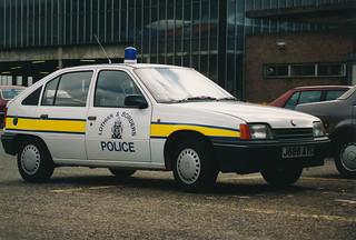 Vauxhall Astra J686 AYC,L&B Division uk.Fettes 1992 | by landshark2084