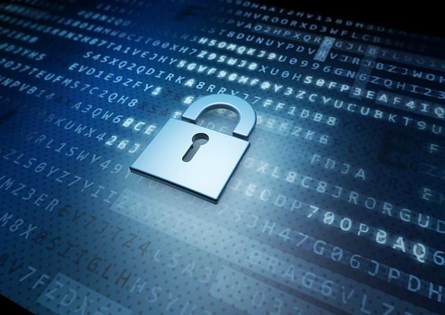 IT Security Schloss vor Crypto-Hintergrund - blau