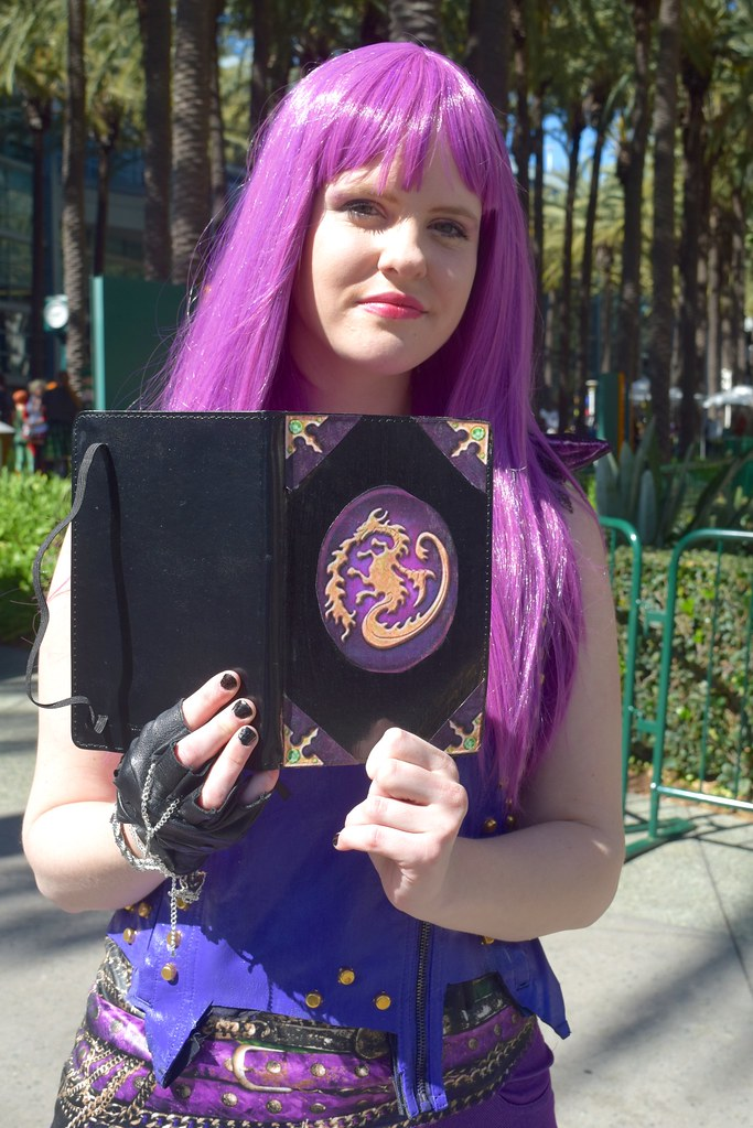 Mal The Daughter Of Maleficent 2 Mal From Descendants Ins