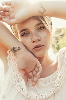 caro feeline | by ana_lora