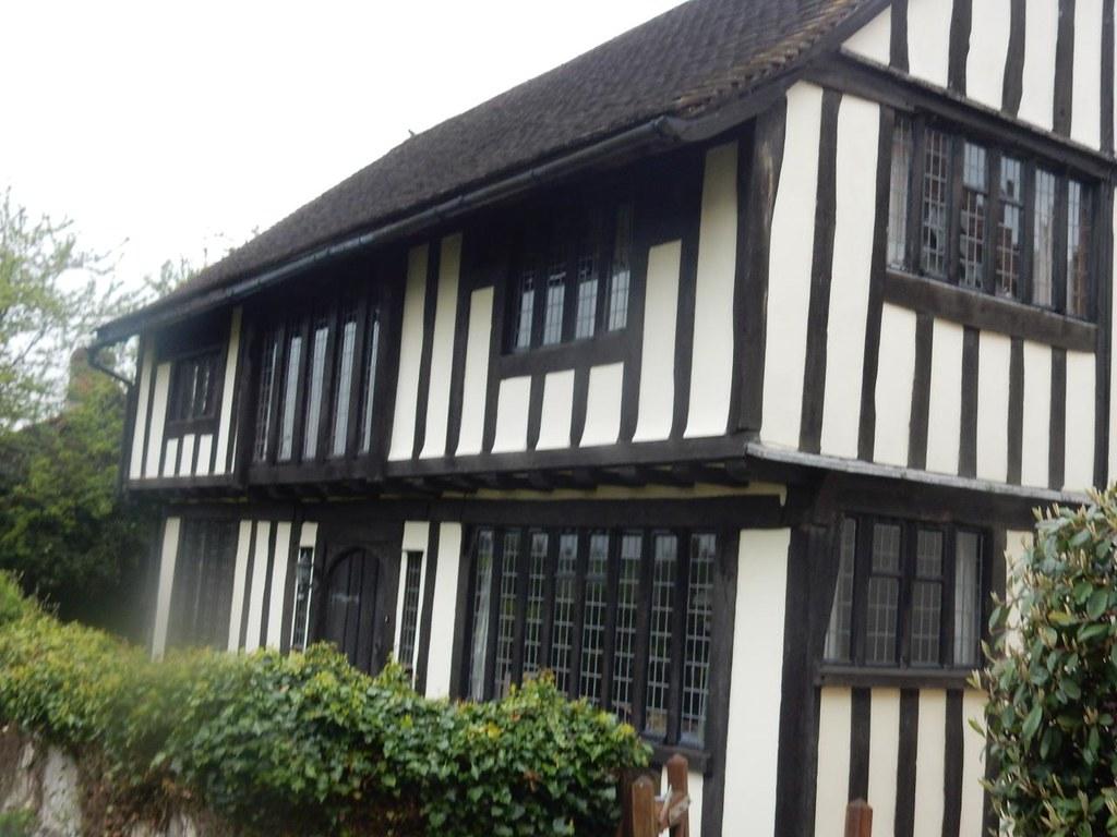 Old house Manningtree Circular