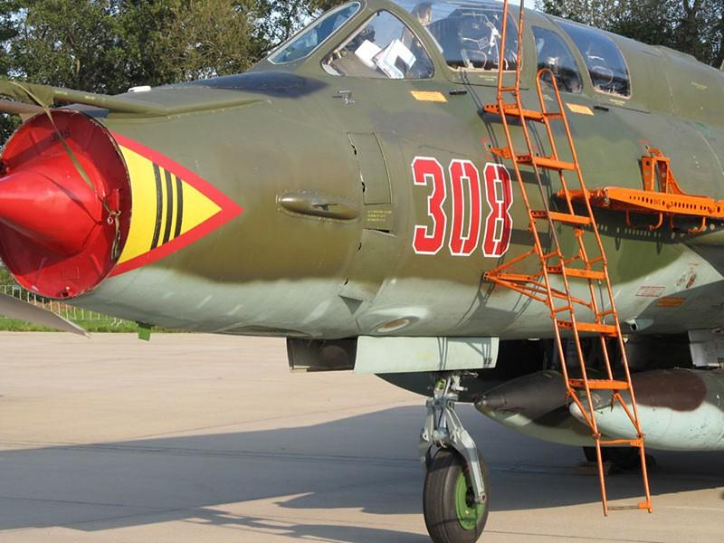 Sukhoi Su-22 UM 2