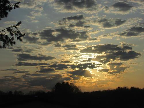 belmont west michigan may spring sunrise dawn clouds sun