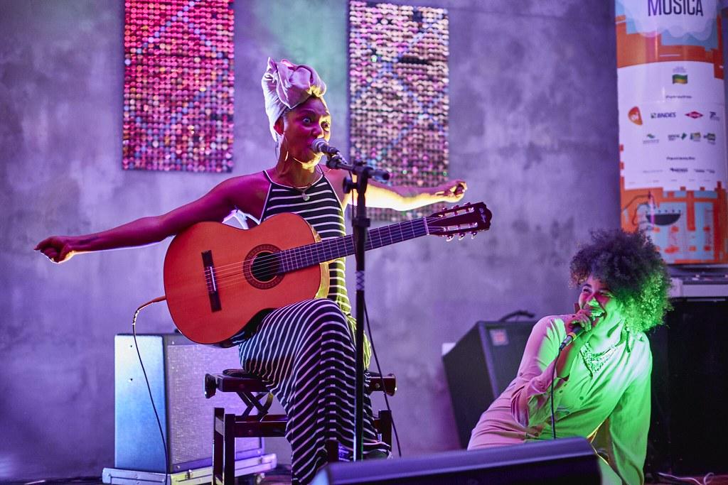 Doralyce e Bia Ferreira. Foto: Patrícia Soransso / Flickr.