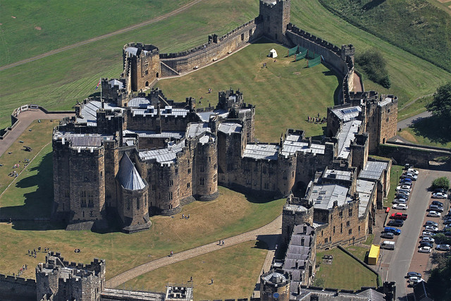 ALNWICK CASTLE FROM THE AIR (2)
