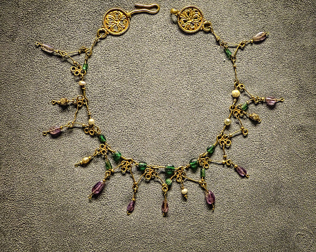 Gold necklace with glass and silvered glass beads Byzantine eastern Mediterranean 5th century CE