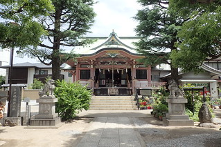 Imado Shrine, Tokyo   by Tartanna