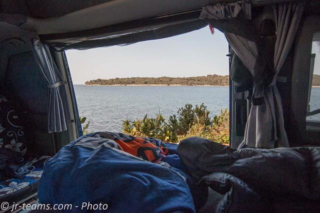VW T4 Carthago Malibu @ Morning View