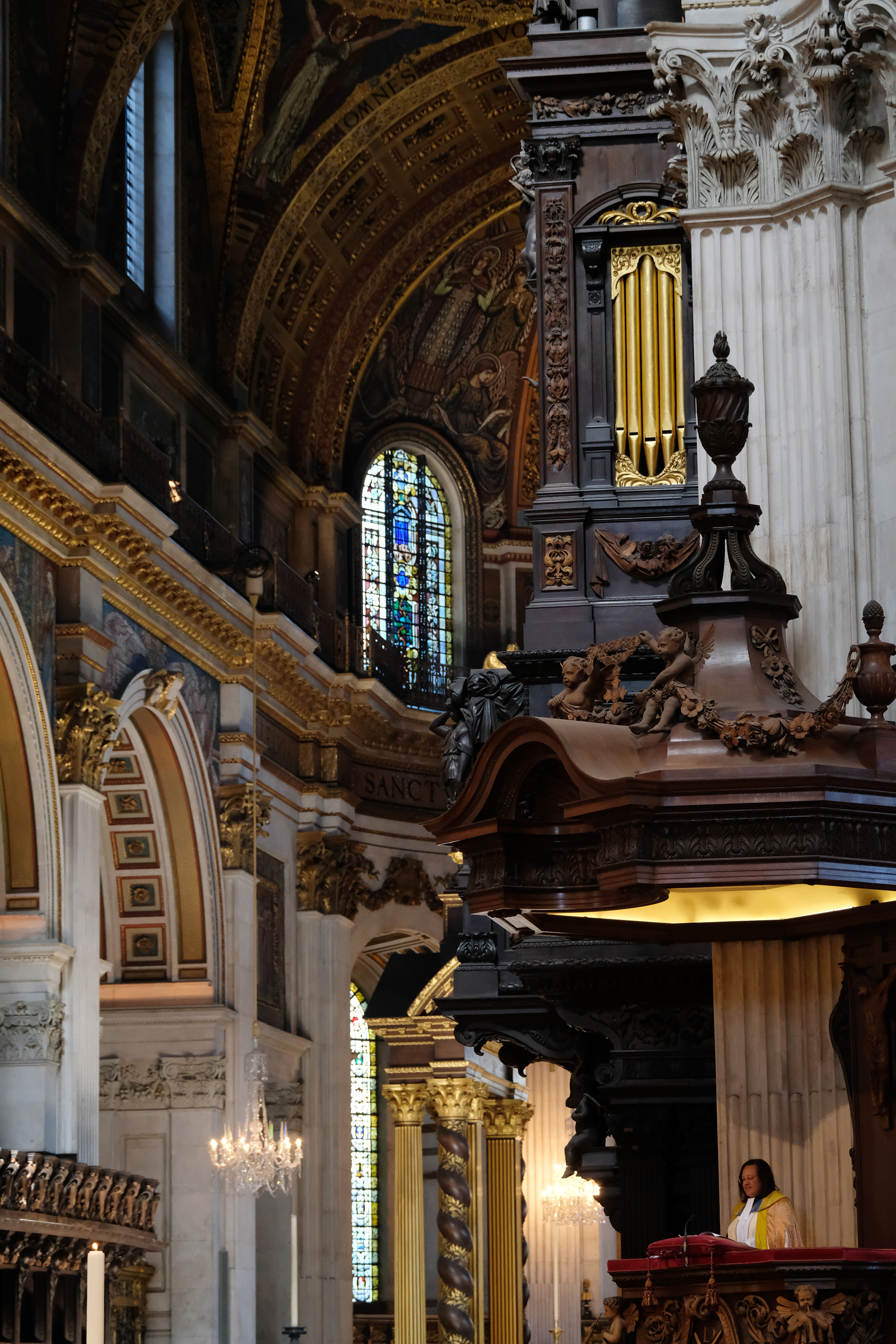 Rev Canon Tricia Hillas