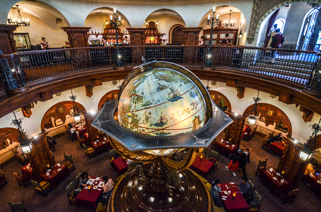 Magellan's globe from above TDS