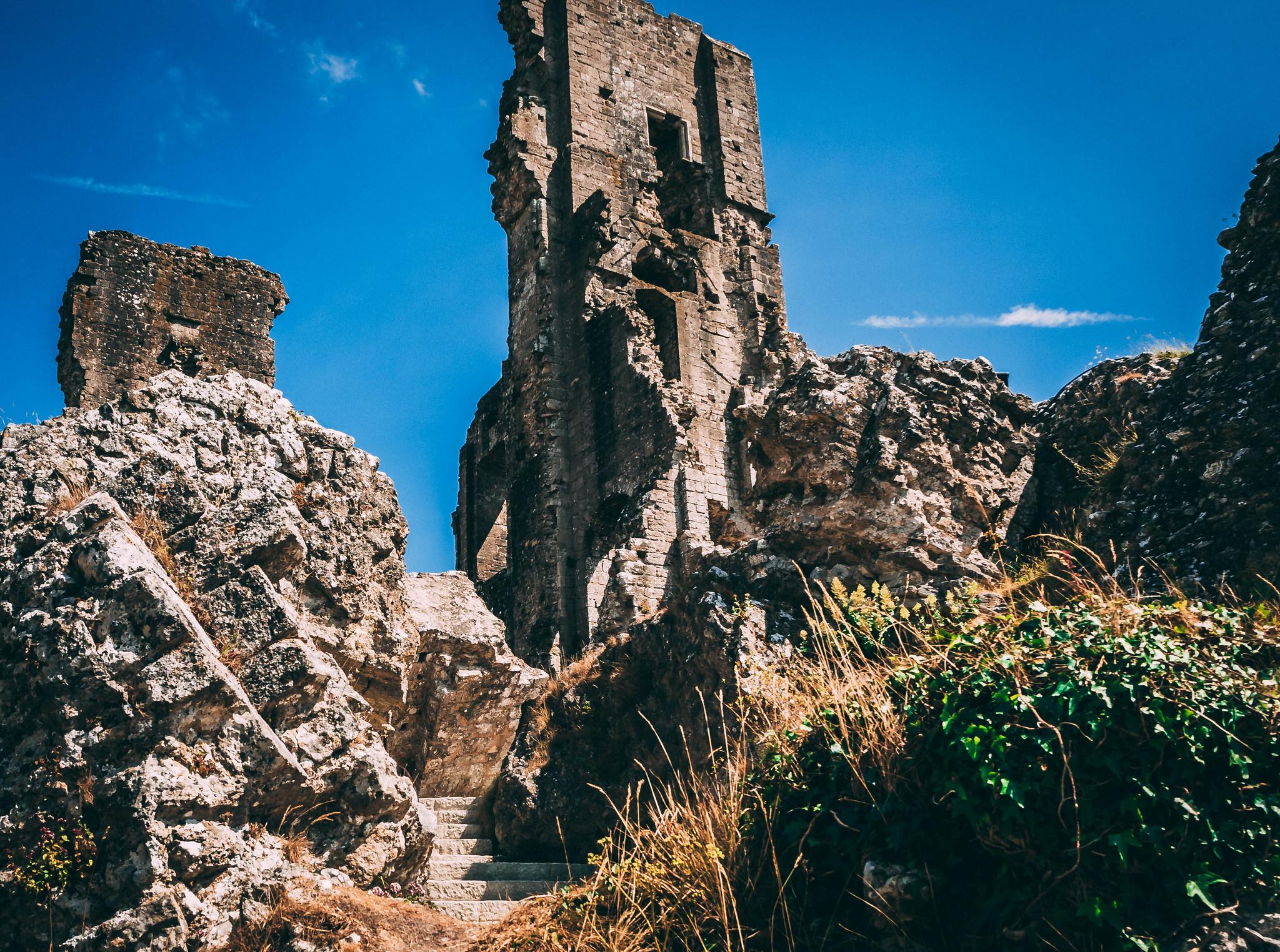 Corfe Castle Ruins