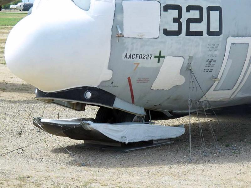 Lockheed LC-130 Hercules 6