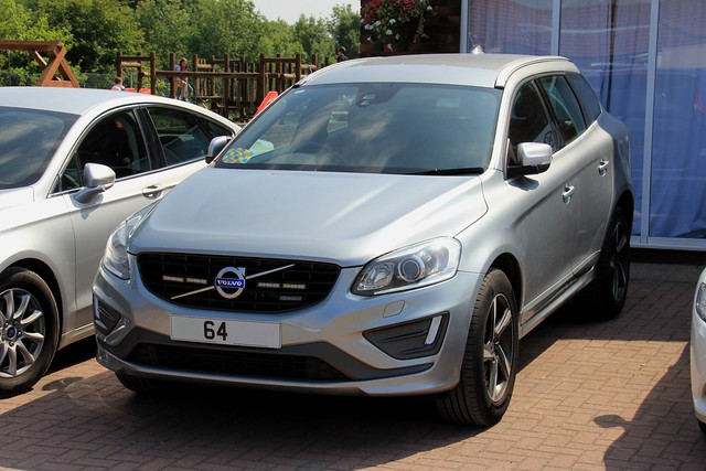 Humberside Police Unmarked Volvo XC60 R-Design