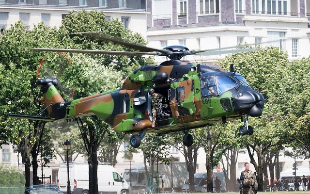 Bastille Day   Armée de Terre NH-90 Caiman