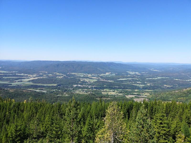 06-Utsikt mot Skotselv og Hotefjell