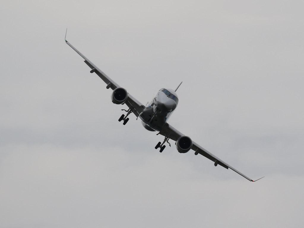 Mitsubishi Regional Jet JA23MJ