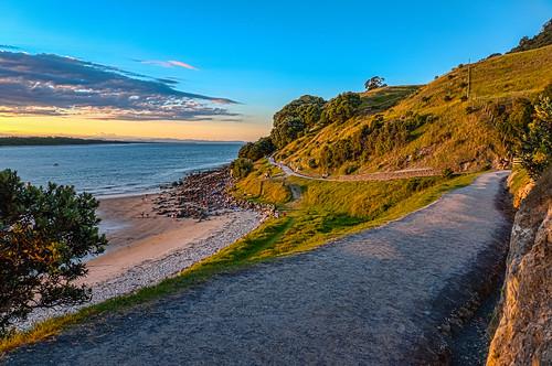 mountdusk basewalk newzealand vollendamdeparture mauao tauranga