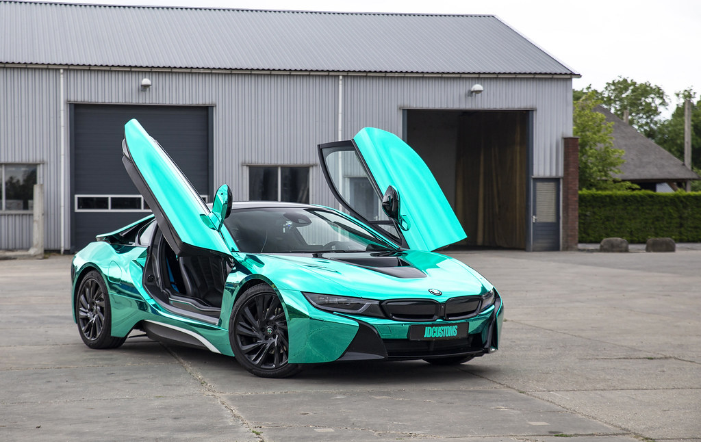 BMW i8 wrapped in super chrome Turquoise | We've wrapped ...