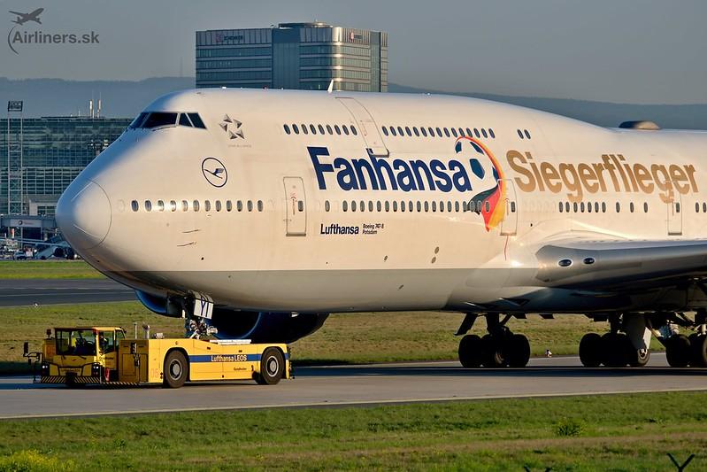 D-ABYI Lufthansa Boeing 747-8