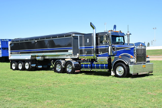 Kenworth T950 Tradition
