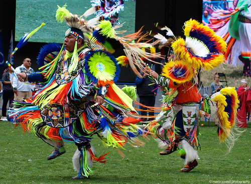 dancers at the calgary powwow | 2018 Canada Day Indigenous ...