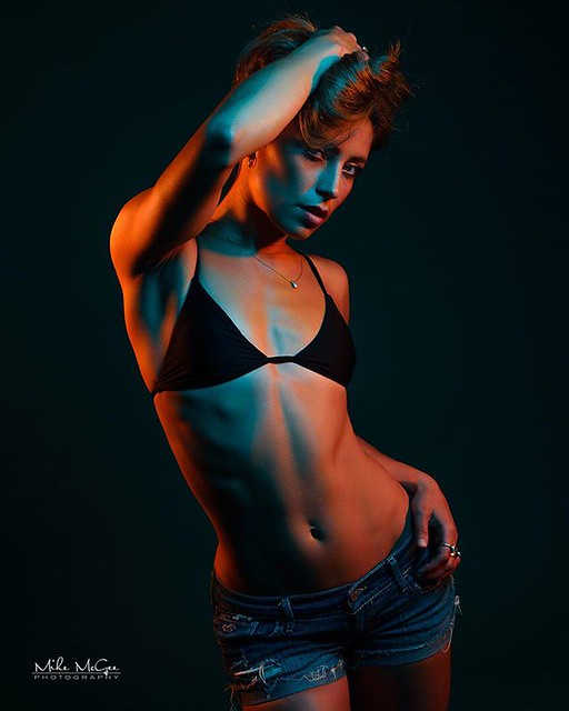 Here's another from my hypercolor colored gel series with Dylan. Love these angles and the way the gels reflect color and light. Used three Einstein e640s from @paulcbuffinc in front of the teal seamless backdrop from @savageuniversal. More to come! . . M