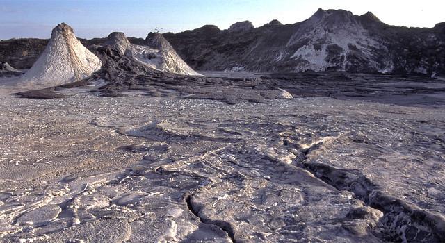 Volcán activo de carbonatitas - Ol Doinyo Lengai (Tanzania) - 05
