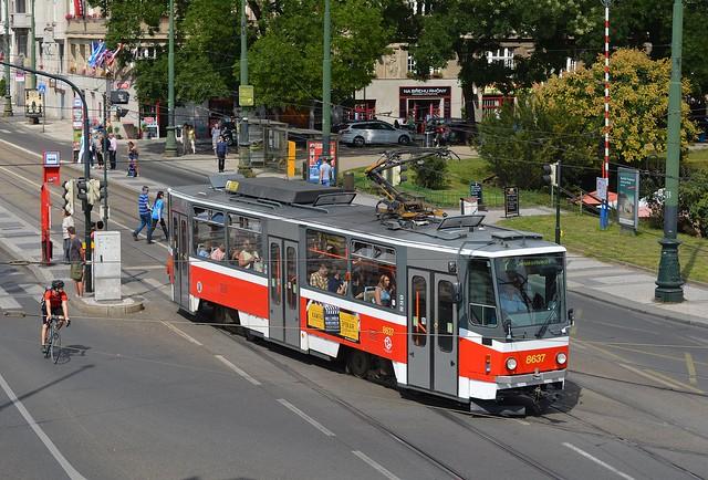 Tatra T6A5 #8637