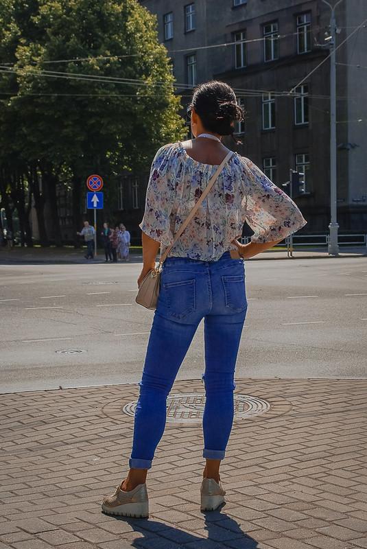 Beautiful summer fashion. 13:00:20 DSC_9874